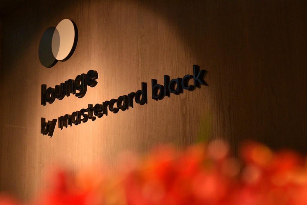 Lounge Mastercard Black