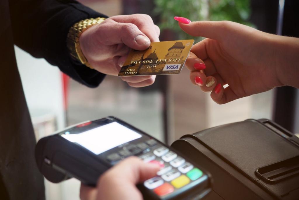Cartão de crédito é o maior aliado de quem investe em milhas
