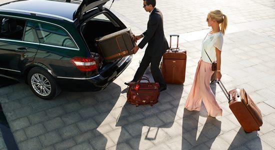 Transfer para aeroporto é uma das vantagens do cartão de crédito