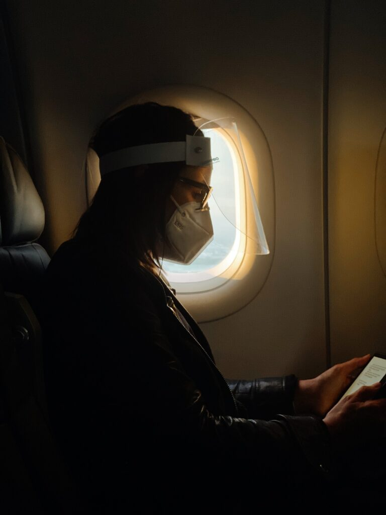 Os passes de saúde são uma das medidas que provavelmente vão fazer parte da vida dos viajantes, mesmo depois da pandemia