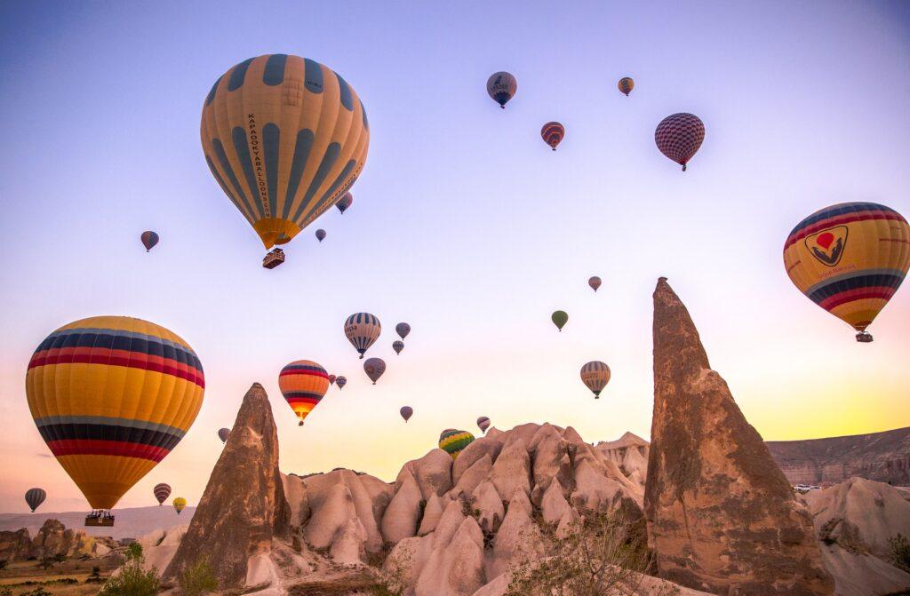 Que tal um passeio de balão na Turquia