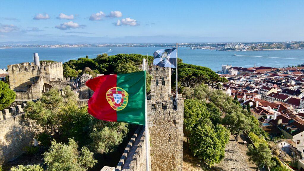 Portugal voltou a receber turistas vindos do Brasil
